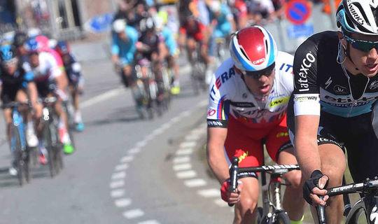 Ronde van Vlaanderen: Terpstra Attacks, 2nd in the Breakaway
