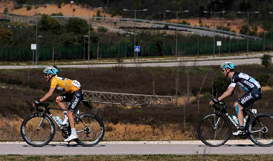 Volta ao Algarve: Kwiatkowski en Stybar in top-10
